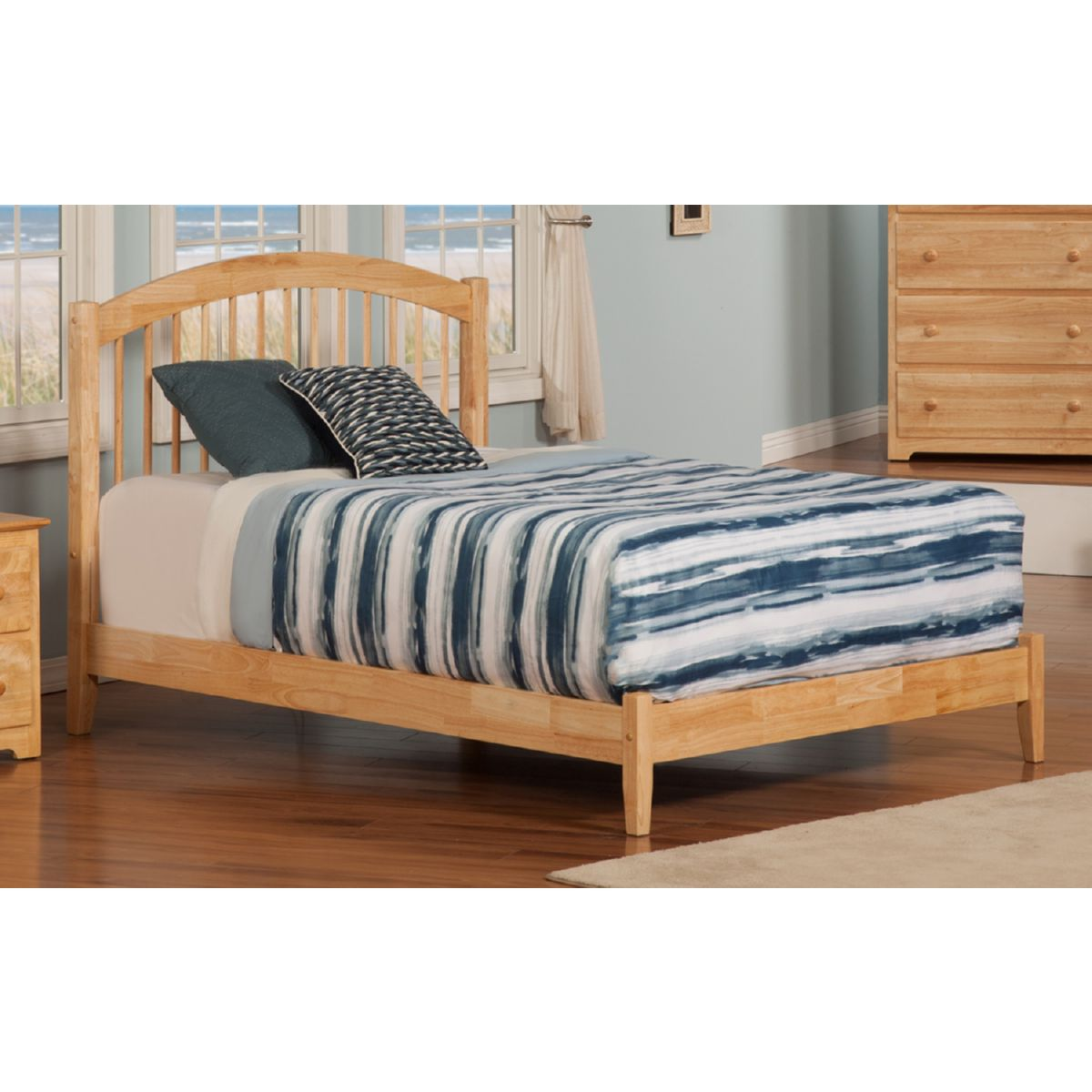 Atlantic Furniture Ap9441005 Windsor Queen Bed W Open