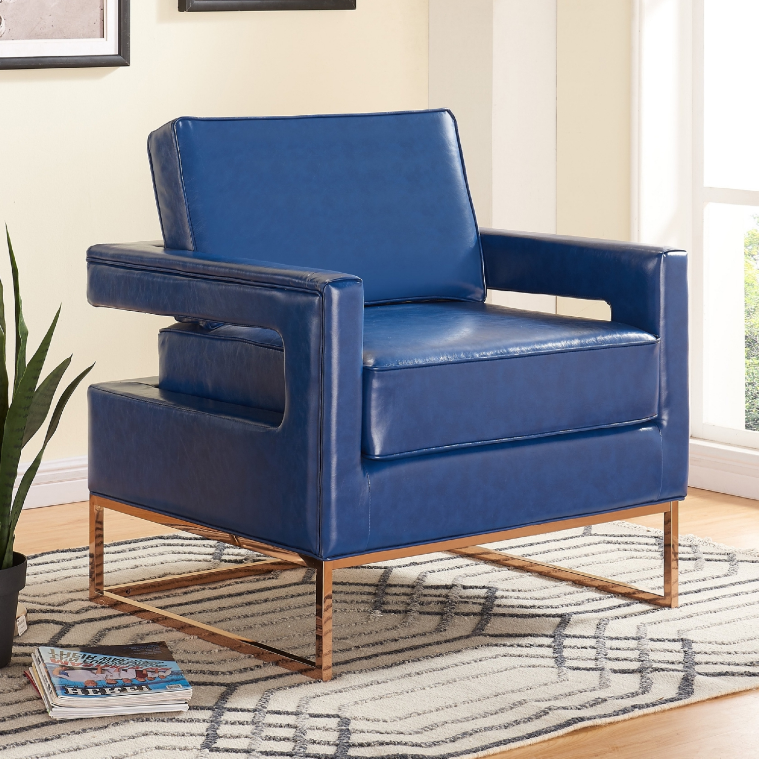 Meridian Furniture 512Navy Amelia Navy Leather Accent Chair on