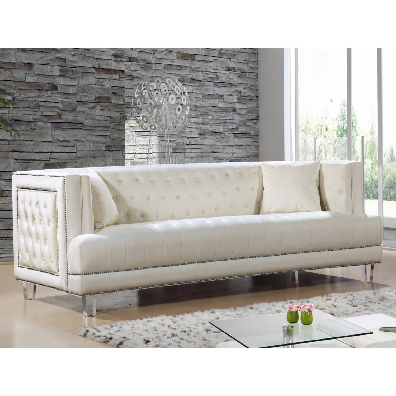 Exceptionnel Meridian Furniture Lucas Cream Tufted Velvet Sofa W/ Nailhead Trim