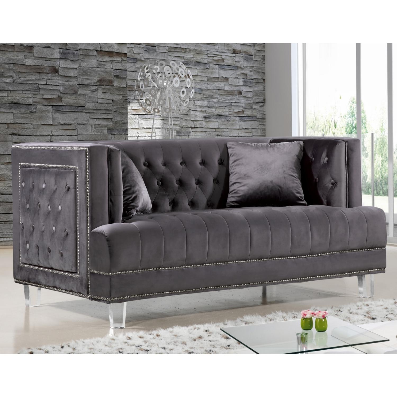 Meridian Furniture 609Grey L Lucas Grey Tufted Velvet Loveseat w