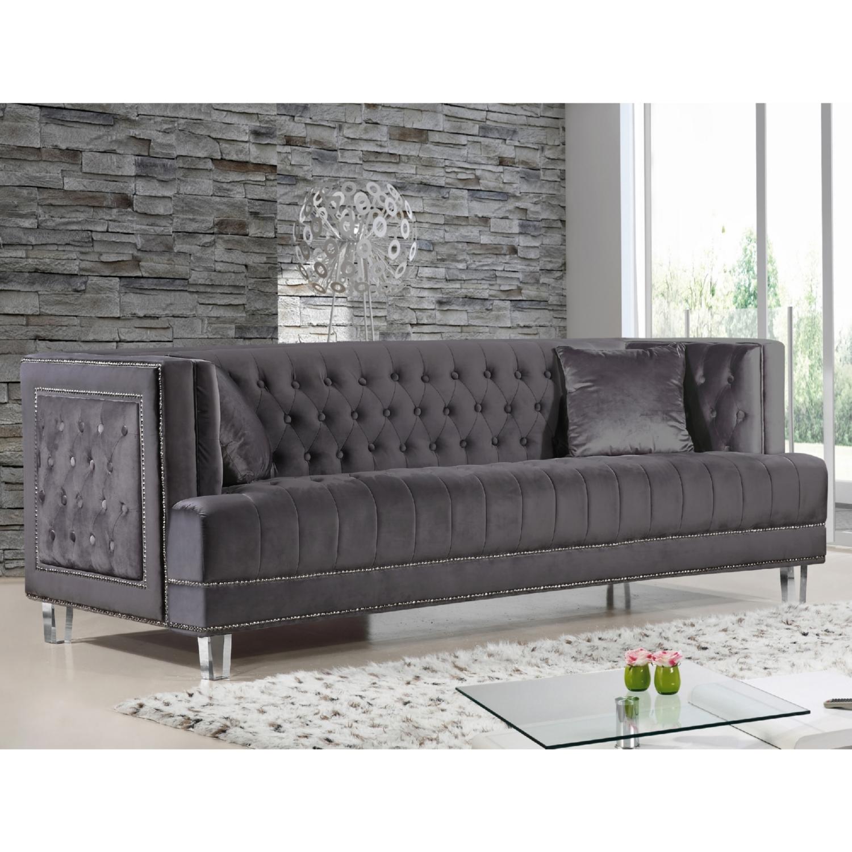 Meridian Furniture 609BL S Lucas Black Tufted Velvet Sofa w