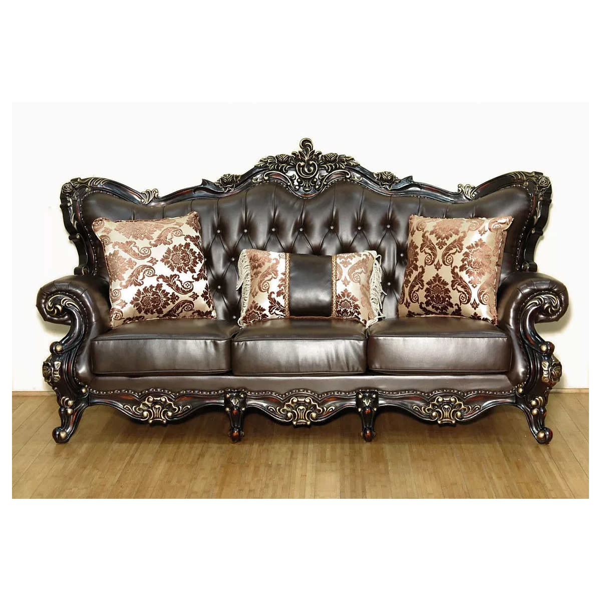 Meridian Furniture Barcelona Tufted Brown Leather Sofa On Rich Cherry Frame W Ornate Carving