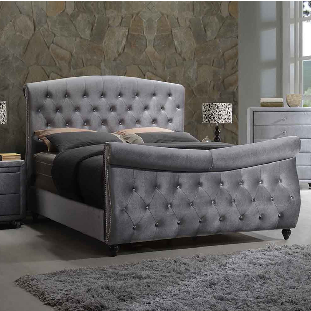 Hudson Grey Velvet King Sleigh Bed W Crystal Tufted Headboard Footboard By Meridian Furniture