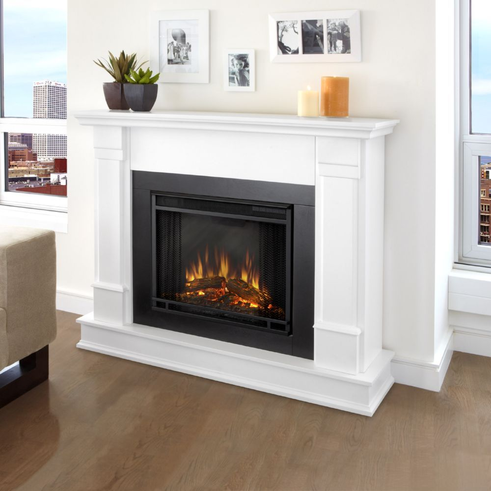 Real Flame G8600e W Silverton Indoor Ventless Electric