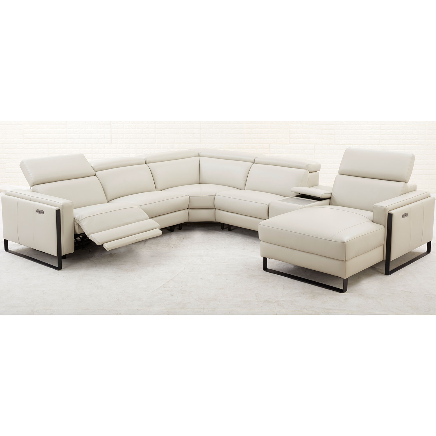 Sensational Starstruck Reclining Sectional Sofa W Power Headrest In Off White Top Grain Leather By Southern Motion Download Free Architecture Designs Xoliawazosbritishbridgeorg